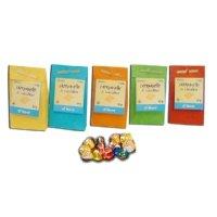 campanelle di cioccolato al latte in sacchetto di carta colorata